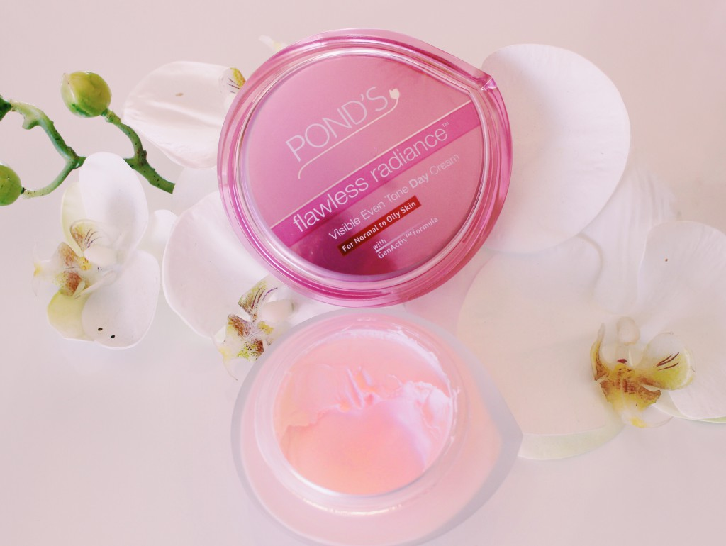 Review Ponds Flawless Radiance Day Cream Melody Molale White Night 50g 7 Derma Actives
